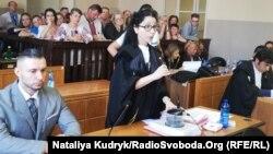 Віталій Марків і його адвокат Донателла Рапетті на суді в Павії, Італія, 5 липня 2019 року