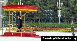 Қазақстан президенті Қасым-Жомарт Тоқаевты Қытайда қарсы алуға арналған салтанатты шара. Пекин, 11 қыркүйек 2019 жыл.