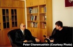 Пётр Чаромушкін і Войцэх Ярузэльскі, 2004 год