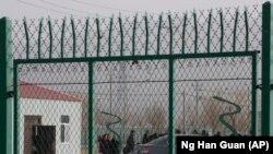 «Лагерь политического перевоспитания» в Синьцзяне. Артуш, 3 декабря 2018 года.