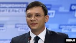 Євген Мураєв 7 червня в телеефірі фактично назвав Олега Сенкова «терористом»