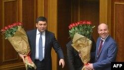 Новые: премьер-министр Украины Владимир Гройсман (слева) и глава Верховной Рады Андрей Парубий