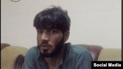 Фотография, опубликованная в Facebook'е афганскими спецслужбами, на которой, как предполагается, запечатлен возможный будущий смертник, задержанный 4 июня.