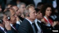 Владимир Путин дар Expo 2015