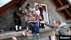 Akcija spašavanja iz poplavljenog Obrenovca, 16. svibanj