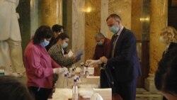 Maska i rukavice obavezni u Skupštini Srbije