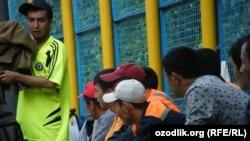 Uzbekistan- Uzbek migrants in Russia