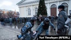 Манежная площадь в Москве, 11 декабря 2010