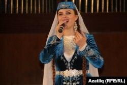 Кырымтатар җырчысы
