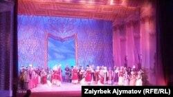Опера жана балет театрында өтүп жаткан концерт. 9-ноябрь. 2019-жыл.