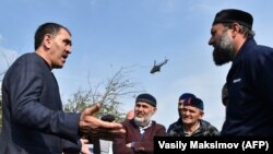 Республика башлыгы Евкуров протестчылар белән сөйләшә