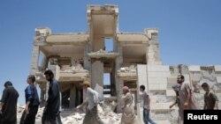 """Освобожденные пленники """"Исламского государства"""" в Ракке"""