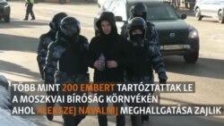 200 embert vittek el a rendőrök a moszkvai bíróság elől
