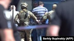 Ուկրաինա - Իրավապահները վնասազերծել են զինված կառավարության շենք ներխուժած անձին, Կիև, 4-ը օգոստոսի, 2021թ.