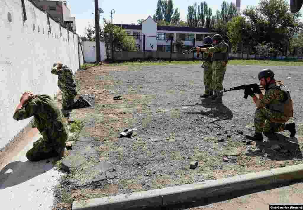 Резервісти Військ територіальної оборони України навчалися із холостими патронами