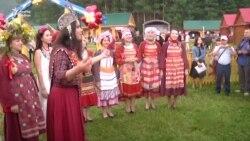Керәшеннәр Питрауда Татарстан премьер-министры Песошинны татарча каршылады