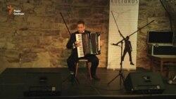 Благодійний концерт акордеоніста Сервера Абкеримова