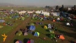 Грција подготвува кампови за 150 илјади мигранти