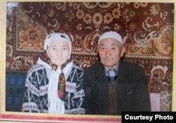 Дедушка Бакир и бабушка Шайымкан.