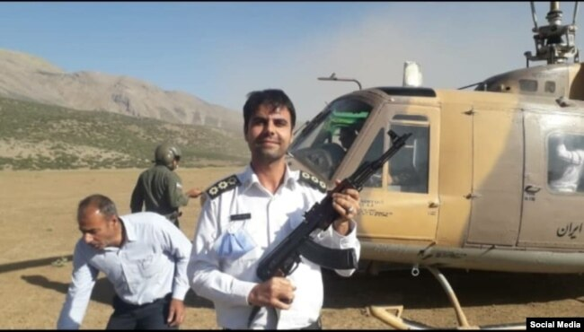 علیرضا باغبانزاده، افسر پلیس راهور که در سانحه سقوط هلیکوپتر ارتش در ۲۹ خرداد کشته شد