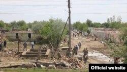 Махалли «Дустлик» Сардобинского района Сырдарьинской области после наводнения из-за прорыва дамбы Сардобинского водохранилища.
