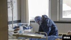 سخنگوی وزارت بهداشت میگوید نزدیک به نیمی از قربانیان کرونا بیماری زمینهای داشتهاند