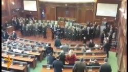 Gazi lotsjellës ndërpret punimet në Kuvend