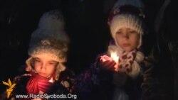 Майдан зустрічав Різдво молитвою, Вифлеємським вогнем та вітаннями опозиції