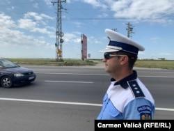 """Comisarul-șef Adrian Iacob spune că observă frecvent în trafic, mai ales atunci când nu poartă uniformă sau nu e cu o mașină inscripționată, așa-numitele """"șicanări"""", care se transformă, de multe ori, în agresivitate sau chiar violență."""
