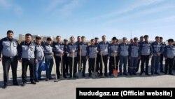 Группа рабочих «Худудгазтаъминот» во время хашара. (Информации о том были ли уволены какие-либо из этих рабочих нет).