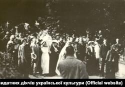 Жалобна процесія з тілом Лесі Українки на Байковому кладовищі. Київ, 7 серпня 1913 року