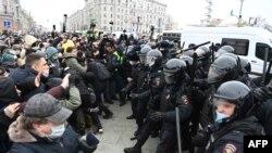 23 - yanvar kungi namoyishlarda Rossiya bo'ylab 3 400 dan ziyod kishi hibsga olingan