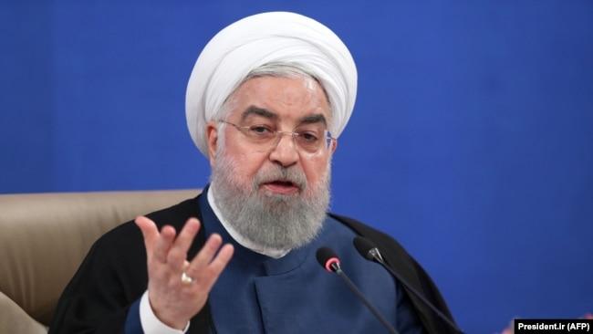 حسن روحانی مدعی شده که با وجود مشکلات گسترده اقتصادی، مردم ایران همچنان به حکومت جمهوری اسلامی «اعتماد دارند».