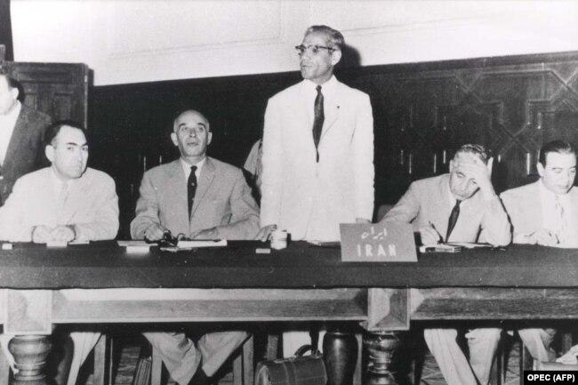 هیئت ایرانی به ریاست فؤاد روحانی در گقتوگوهای منجر به تأسیس اوپک در سپتامبر ۱۹۶۰