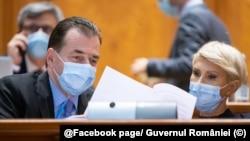 Romania Premierul Ludovic Orban și viceprim- minstrul Raluca Turcan