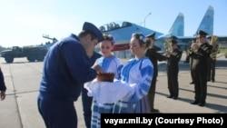 8 вересня на аеродром у білоруських Барановичах для формування навчально-бойового центру перекинули російські літаки Су-30СМ