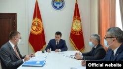 Президент Садыр Жапаров 4-февралда, Улуттук банктын төрагасы Толкунбек Абдыгуловду кабыл алды.