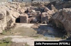 Раскопки на месте замка