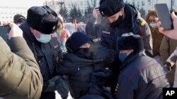 بازداشت شماری از حامیان الکسی ناوالنی از سوی پولیس روسیه