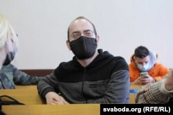 Журналіст Ігар Ільяш у судзе