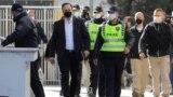"""Сашо Мијалков со полициска придружба пред Кривичниот суд во Скопје, пред изрекувањето на пресудата за """"Таргет-Тврдина"""""""