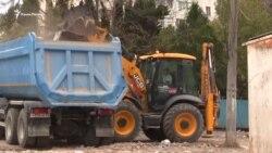 «Вчинили по-варварськи»: севастопольці про знесення Сталінградського ринку (відео)
