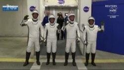 Компанія SpaceX Ілона Маска і NASA запустили до МКС корабель з чотирма астронавтами на борту (відео)