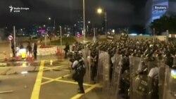 Përleshje midis policisë dhe protestuesve në Hong Kong