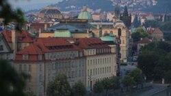 """Что происходит в Праге после """"рицинового скандала"""""""