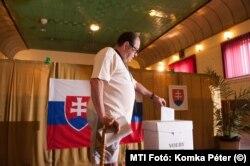Választás a szlovákiai Ragyolcon