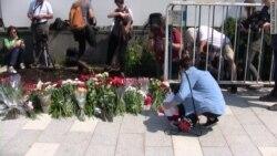 """""""Шок, боль и сострадание"""": москвичи о теракте в Ницце"""