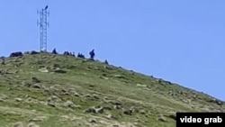 Азербејџанските сили, наводно, напредувале неколку километри во провинцијата Сјуник во Ерменија