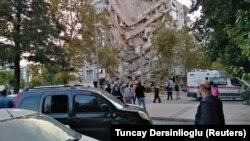 Түркиянын Измир аймагында катталган жер титирөөнүн кесепеттери. 30-октябрь, 2020-жыл.