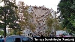 Последствия землетрясения в Измире, Турция, 31 октября 2020 года